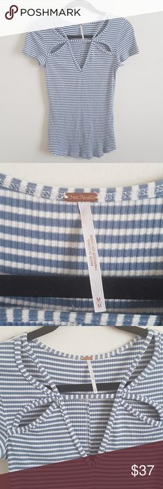"""FREE PEOPLE TOP Cute stretchy top! Cute neck design. Pre-loved condition. White and light blue stripes.  Shoulder to shoulder 14"""" Approx Armpit to armpit 14"""" Approx Lenght shoulder to bottom 26"""" Approx ✔Look at all pictures ✔I ship fast ✔Smoke free house ✔Bundle up for more savings 👉🛍🎁💰👈 Free People Tops"""