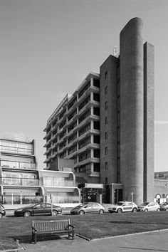 The Leas 2, Folkstone, Chamberlin Powell and Bon, 1971 // Photo: Simon Phipps