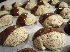 Cookies: Poppy Seed Biscuits- Plätzchen: Mohn-Kekse The perfect cookie: poppy seeds recipe with picture and simple step-by-step instructions: mix all the ingredients to a dough, use a tsp small … - Baking Recipes, Dog Food Recipes, Cookie Recipes, Snack Recipes, Dessert Recipes, Snacks, Desserts, Poppy Seed Recipes, Poppy Seed Cookies