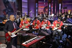 Patrick Kane, Brent Seabrook, Duncan Keith and Jonathan Toews sit in with Rickey Minor and The Tonight Show Band.