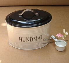 dog food jar with text in Swedish can-be-found-on-taobao food