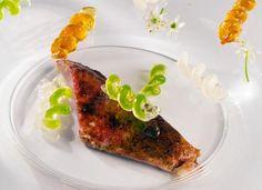 Salmonete integral con 'fusilli' de salsa es una receta del gran maestro Pedro Subijana, una de las más emblemáticas de los últimos tiempos en su restaurante
