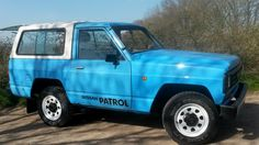 nissan patrol Nissan Patrol, Car Repair Service, Cool Cars, Classic Cars, Nice List, Van, Retro, Golden Age, Safari