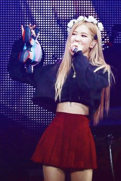 Blackpink Outfits, Stage Outfits, Summer Outfits, Fashion Outfits, Blackpink Fashion, Estilo Fashion, Korean Fashion, Foto Rose, Korean Girl
