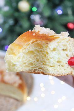 El rincón de los postres: Roscón de Reyes, la receta definitiva! Donuts, Comida Latina, Bread And Pastries, Spanish Food, Recipe For 4, Sweet Bread, Vanilla Cake, Holiday Recipes, Sweet Tooth
