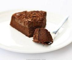 Eve& Chocolate Cake (Flourless and Gluten-free) Gluten Free Chocolate Cake, Flourless Chocolate Cakes, Baking Recipes, Cake Recipes, Dessert Recipes, Gluten Free Baking, Gluten Free Desserts, Le Chef, Gastronomia