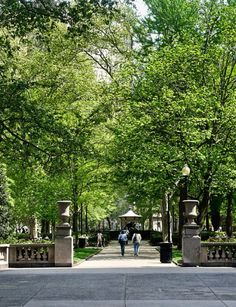 my favorite place.... rittenhouse square