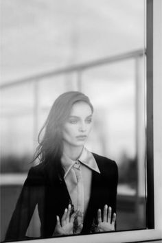 "katinnyc: ""luma grothe by kat irlin for numero russia september "" Business Portrait, Kat Irlin, Luma Grothe, Urban Fashion Photography, Brazilian Models, Female Portrait, Black And White Photography, Portrait Photography, Window Photography"