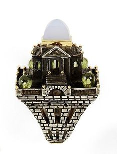 Green quartz, chalcedony, silver and gold ring, by Jean Boggio.