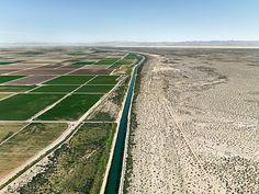 Edward Burtynsky, Row-Irrigation (Imperial Valley,Southern California, USA), serie Control 2009