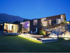 Luxurious and Peaceful Designer Home In New Zealand