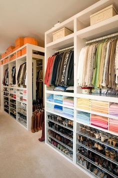 If you're dreaming of a luxury walk-in closet in your home, you're definitely not alone. Visit our gallery of luxurious walk-in closet designs. Closet Bedroom, Master Closet, Closet Space, Huge Closet, Master Bedroom, Bedroom Decor, Basement Closet, Closet Redo, White Bedroom