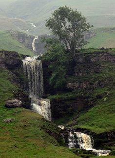 Cow Close Gill Waterfall near Skipton - North Yorkshire, England Beautiful Waterfalls, Beautiful Landscapes, Yorkshire England, North Yorkshire, Yorkshire Dales, England Uk, Skipton Yorkshire, Oxford England, Northern England