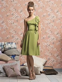 Perfect dress! Either in the Cirton color or...