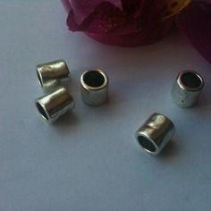 5 perles  tubes séparateur métal argenté vieillie 9 x 6 mm