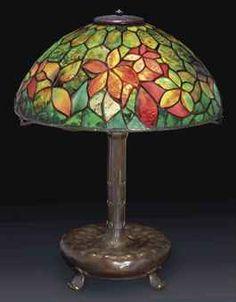 TIFFANY STUDIOS Woodbine lamp