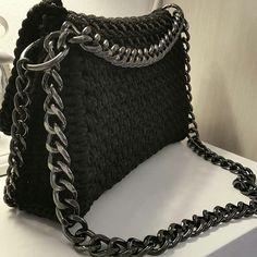 • Libra • crochet shoulder bag