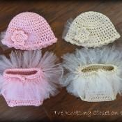 Tutu Baby Diaper Cover and Hat Set - via @Craftsy