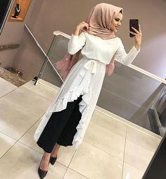 Hijab Dress Party, Hijab Style Dress, Hijab Gown, Hijab Chic, Hijab Outfit, Pakistani Dress Design, Pakistani Dresses, Abaya Fashion, Fashion Dresses