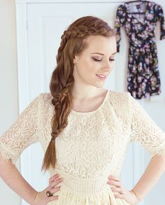 15 Different French braid hairstyles. Different types of braids. Braids for black women. Steps to do a French braid. French Braid Hairstyles, Braided Hairstyles Tutorials, Trendy Hairstyles, Hairstyle Braid, Prom Hairstyles, Braided Updo, Rainy Day Hairstyles, School Hairstyles, Side French Braids