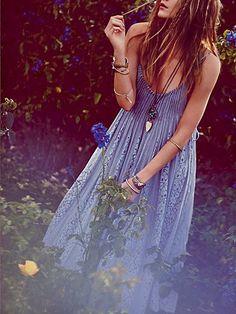 BETTE'S: Blue, Like a Breeze in Summer Bliss