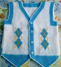 Male baby vests_ 40 adt knitted vests