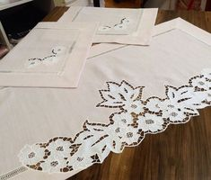Cutwork Embroidery, Cut Work, Linen Tablecloth, French Vintage, Table Runners, Photo And Video, Sewing, House Styles, Instagram White