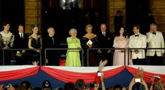 Queen Elizabeth II is joined by artists on the balcony of Buckingham Palace after a classical concert to celebrate her Golden Jubilee. Starring Dame Kiri Te Kanawa, the Prom at the Palace is the. Get premium, high resolution news photos at Getty Images Kiri Te Kanawa, Global Icon, Concert Stage, Buckingham Palace, Queen Elizabeth Ii, Commonwealth, Balcony, Royals, Britain