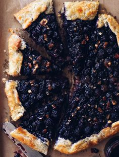Blueberry Crostata - an easy free-form pie bursting with blueberries!