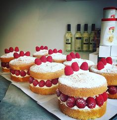 Raspberry Victoria sponges at #ottolenghinottinghill yesterday.