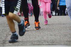 Vain joka viides suomalainen liikkuu tarpeeksi: Miksi istuminen houkuttaa liikuntaa enemmän? | Aamulehti Adidas Sneakers, Shoes, Fashion, Moda, Zapatos, Shoes Outlet, Fashion Styles, Fasion, Footwear