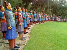 O famoso jardim buddha-eden Quinta dos Loridos perto do Bombarral