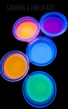 Make your own glow in the dark vinegar for FUN Science experiments, AMAZING art activities, & SUPER sensory play.  So many ways to play! ( Click for ideas)