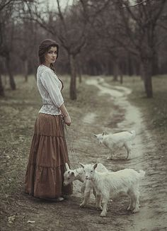 Photographer Давид Д (David Dubnitskiy) - No title Story Inspiration, Writing Inspiration, Character Inspiration, Bild Girls, David Dubnitskiy, Photo Animaliere, Country Girls, Female Characters, Fairy Tales