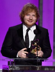 Ed Sheeran reveals girlfriend Cherry Seaborn helped him shed Grammy Awards 2016, Los Grammy, Song Of The Year, Song One, Cherry Seaborn, Taylor Swift Birthday, Ed Sheeran Love, Solo Performance, First Dance Songs