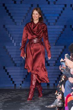 Roksanda Spring 2018 Ready-to-Wear  Fashion Show Collection