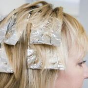 Highlighting your hair can instantly enhance your appearance, and can even help camouflage gray hairs. Professionally having your hair highlighted can get costly. To save money, you can do the job yourself right at home. Using foil to put in your highlights gives you more control of the placement of the lighter color. With the right setup and...