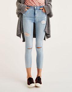 Body curve capri jeans - Sale favourites - Clothing - Woman - PULL&BEAR Ireland
