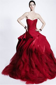 Zac Posen, Pre-Fall, 2012-2013, New York----- Rojo bello