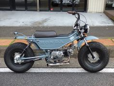 To know more about ホンダ モトラ, visit Sumally, a social network that gathers together all the wanted things in the world! Featuring over other ホンダ items too! Motorcycle Tank, Motorcycle Engine, Motorcycle Design, Bike Design, Show Bike, Mini Chopper, Honda Cub, Retro Bike, Honda Bikes