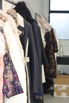 Nonostante la pioggia,queste sono giornate calde a Milano. La Men's Wear Fashion Week impazza e contemporaneamente si svolge il White Trade Show, evento dedicato alla presentazione dei più innovati...