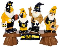 Michigan Wolverines Gnome - Fans on Bench