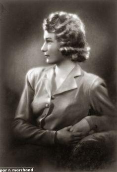 H.K.H. Josephine van België. 1948, bromide foto formaat 12 x 17 cm. Foto van Robert Marchand uit de verzameling van Wilfried Vandevelde.
