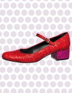 Les chaussures babies sont notre nouvelle lubie ! Découvrez les plus beaux modèles de chaussures babies de la saison ! http://www.elle.fr/Mode/Chaussures/chaussures-babies-femme