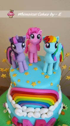 My little pony cake Fondant pony toppers My Little Pony Cake, My Little Pony Birthday Party, Dino Cake, Dinosaur Cake, My Little Pony Fondant Tutorial, Rainbow Dash Cake, Unicorn Cupcakes, Cakes For Boys, Fondant Cakes