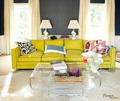 диван перед окном в гостинной - Поиск в Google