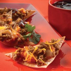 MorningStar Farms® Party Nachos with a Twist Recipe – yummy meat-free, Asian-fusion appetizer. Vegetarian Side Dishes, Vegetarian Appetizers, Appetizer Recipes, Veg Recipes, Mexican Food Recipes, Vegetarian Recipes, Ethnic Recipes, Healthy Recipes, Twisted Recipes