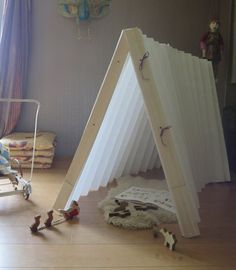 Houses and Shelter for Kids Made with Origami Origami is a Japanese art which consists in folding paper to obtain shapes and figures which can be simple or really complex. We normally see small projects like the future teller which we have shown you but, sometimes, we can find big creations like these amazing kids' […]