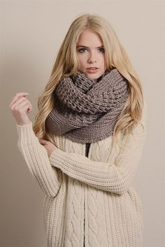 Scarf | Grey Sweater Cable Knit
