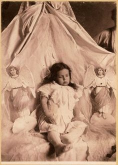 They used to pose their dead for one last photo. creepy by today's standards. #dead